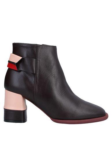Фото - Полусапоги и высокие ботинки от PALOMA BARCELÓ красно-коричневого цвета