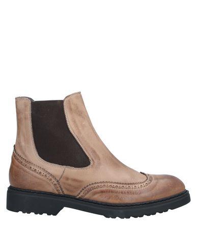 Полусапоги и высокие ботинки TSD12
