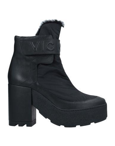 Фото - Полусапоги и высокие ботинки от VIC MATIĒ черного цвета