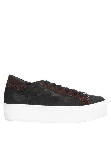 Купить Низкие кеды и кроссовки от BLUE LES COPAINS темно-коричневого цвета