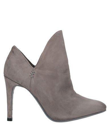 Фото - Женские ботинки и полуботинки  серого цвета