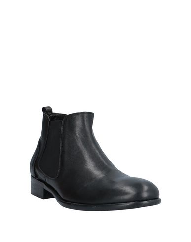 Фото 2 - Полусапоги и высокие ботинки от GIANFRANCO LATTANZI черного цвета