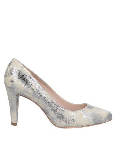 Фото - Женские туфли  светло-серого цвета