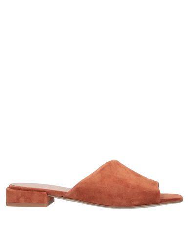 Купить Женские сандали MARIAN коричневого цвета