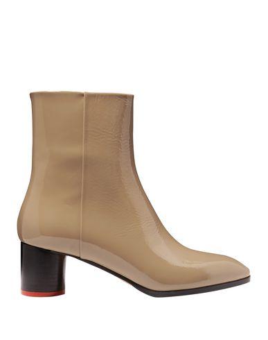 Купить Полусапоги и высокие ботинки от AEYDĒ цвет песочный