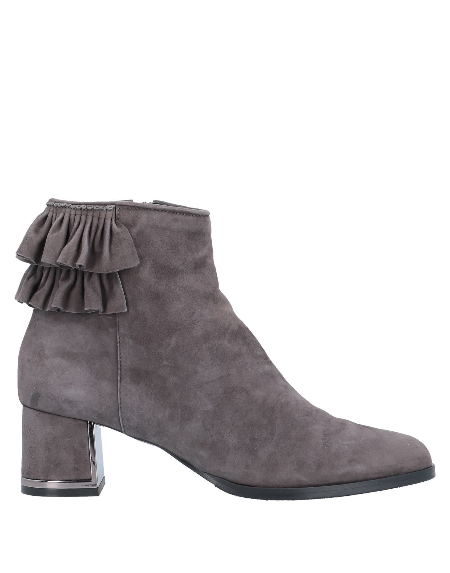 VERDECCHIA & MANIQUA' Полусапоги и высокие ботинки