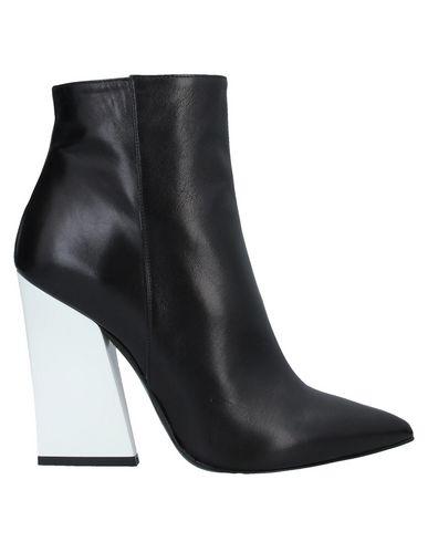 Фото - Полусапоги и высокие ботинки от BAGATT черного цвета