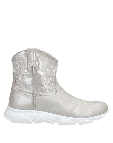 Купить Полусапоги и высокие ботинки от DIVINE FOLLIE цвет платиновый
