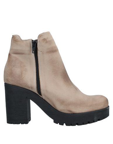 Фото - Полусапоги и высокие ботинки от UNLACE цвет песочный