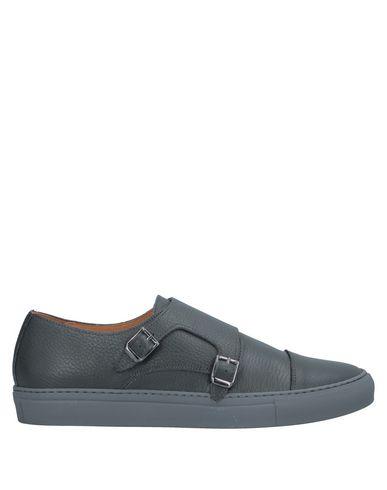 Фото - Низкие кеды и кроссовки от YLATI серого цвета