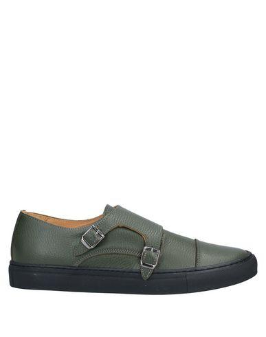 Фото - Низкие кеды и кроссовки от YLATI цвет зеленый-милитари