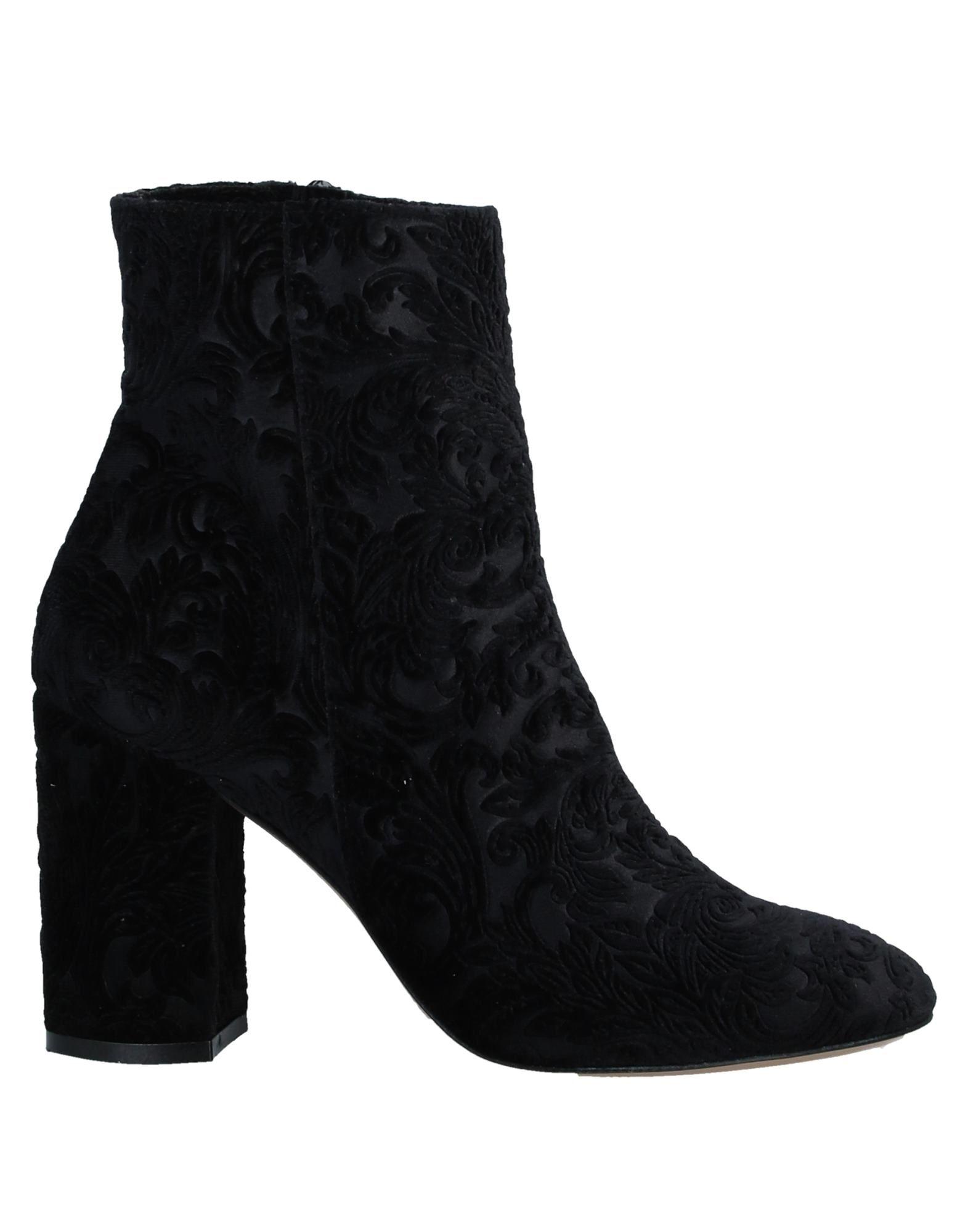 цены SHOE BIZZ PARIS Полусапоги и высокие ботинки