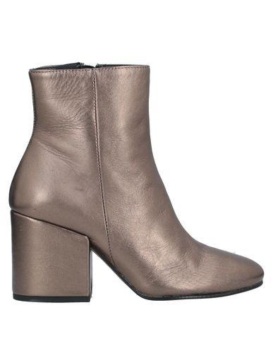 Фото - Полусапоги и высокие ботинки от BAGATT цвет платиновый