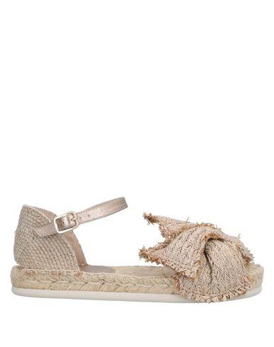 Купить Женские сандали  бежевого цвета
