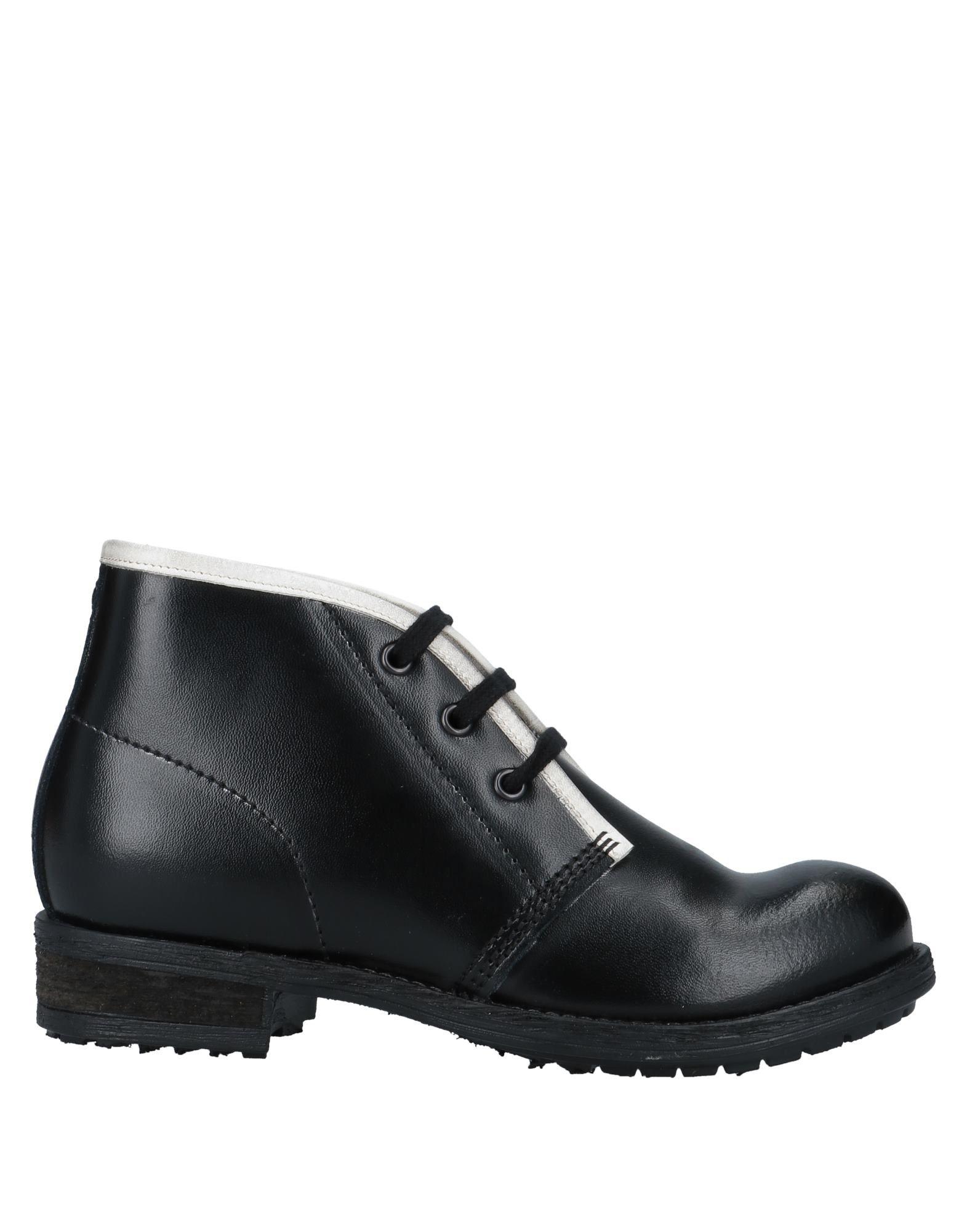 где купить COLLECTION PRIVĒE? Обувь на шнурках по лучшей цене