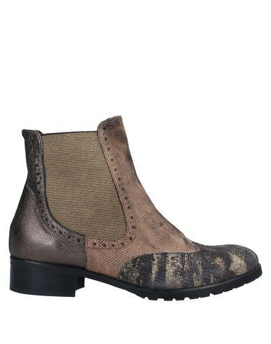 Купить Полусапоги и высокие ботинки от EBARRITO цвета хаки