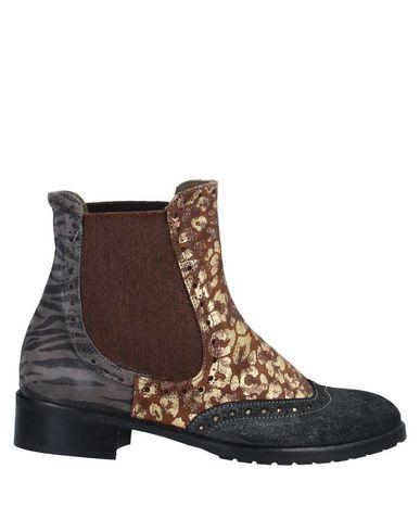 Купить Полусапоги и высокие ботинки от EBARRITO цвет стальной серый