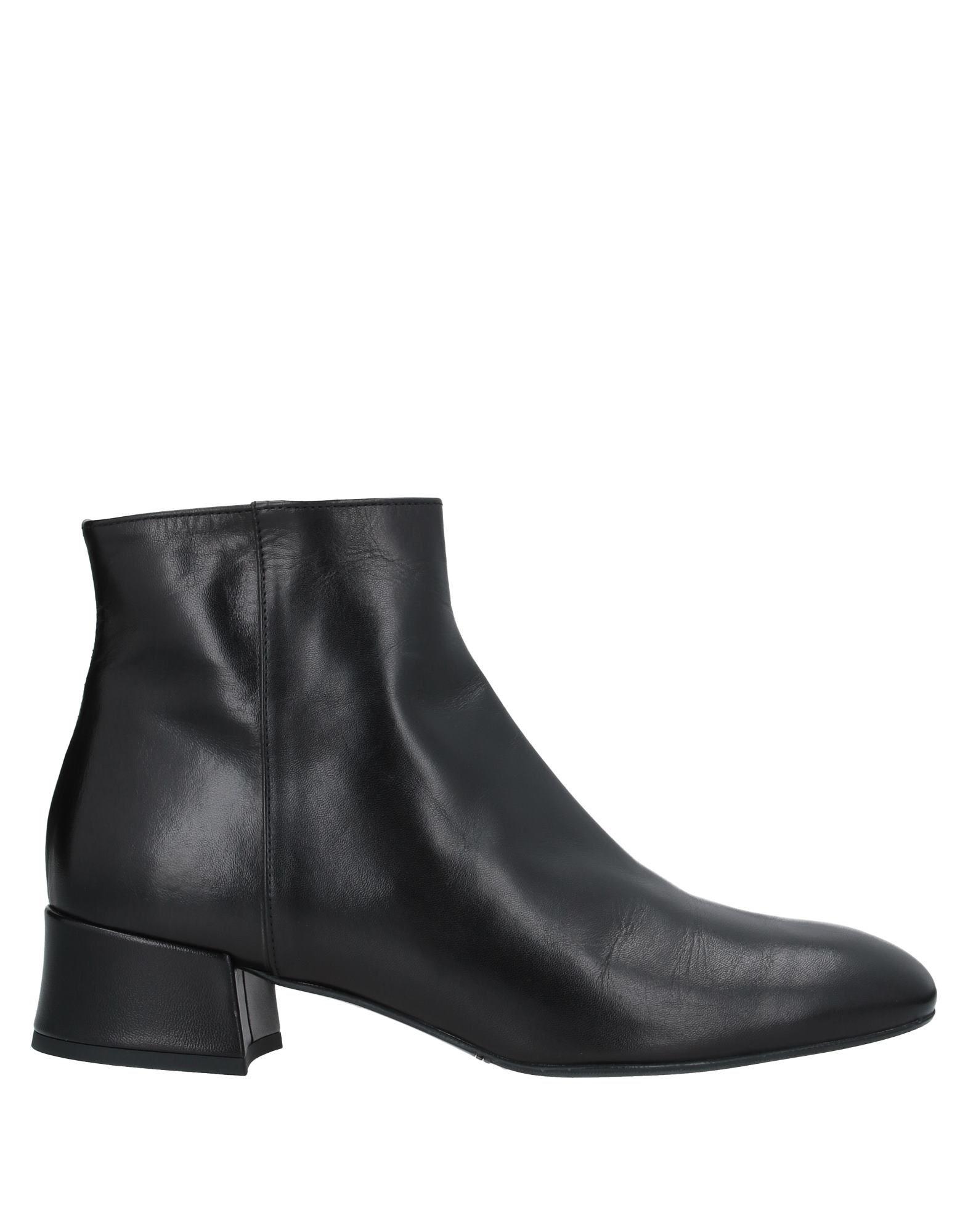 купить BACTÁ dei TOI Полусапоги и высокие ботинки дешево