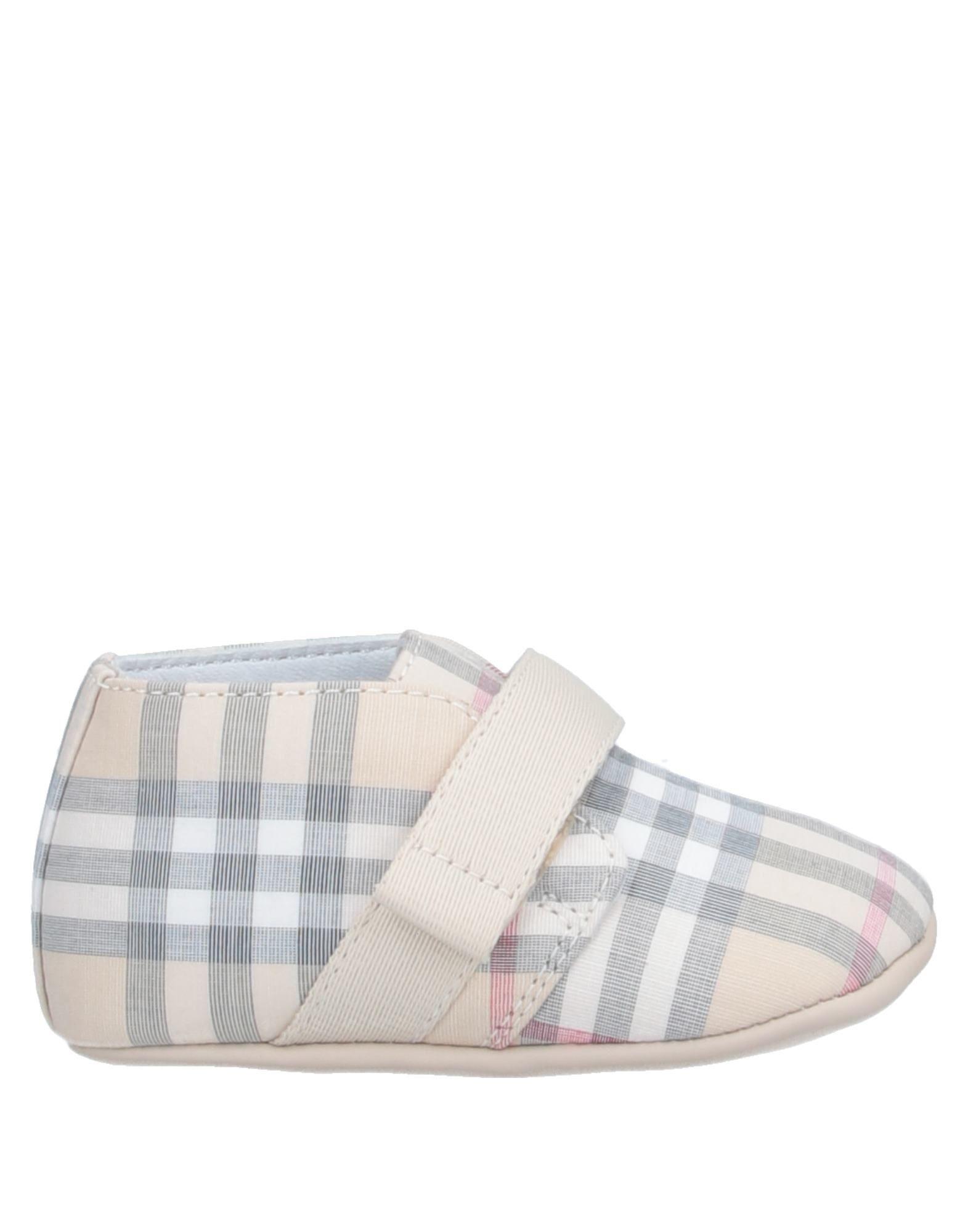 BURBERRY Обувь для новорожденных