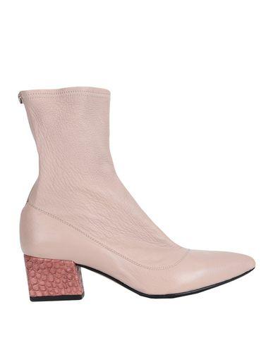 Купить Полусапоги и высокие ботинки цвет телесный