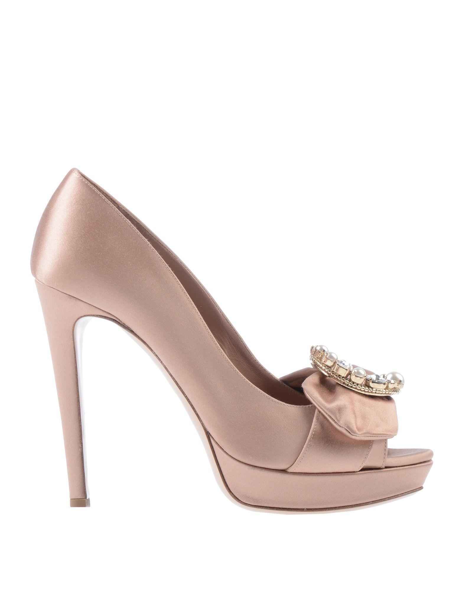 цена MIU MIU Туфли онлайн в 2017 году