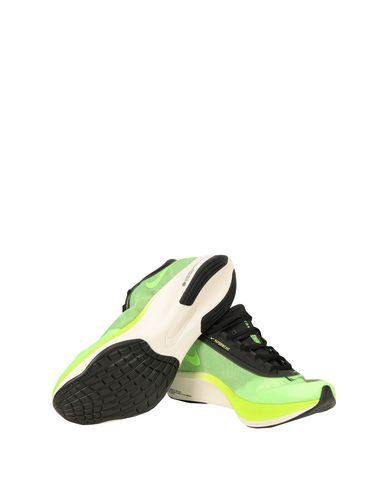 Фото 2 - Низкие кеды и кроссовки кислотно-зеленого цвета