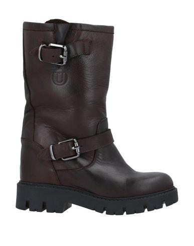 Купить Полусапоги и высокие ботинки от UNLACE темно-коричневого цвета