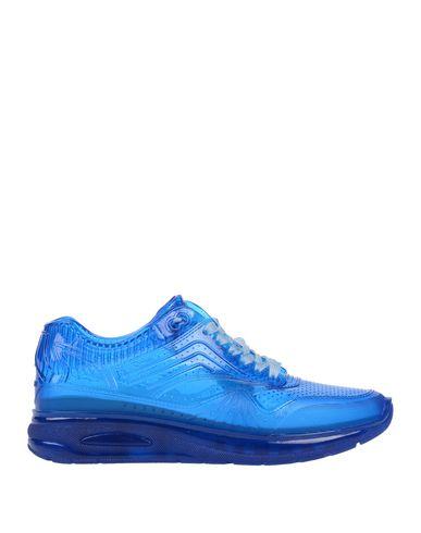 Купить Низкие кеды и кроссовки ярко-синего цвета