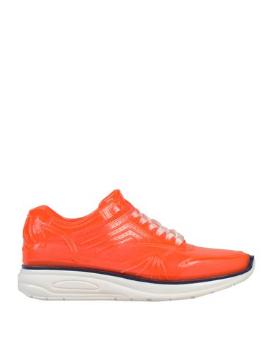 Купить Низкие кеды и кроссовки красного цвета