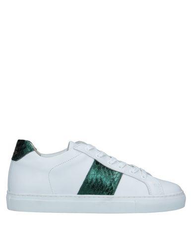 Купить Низкие кеды и кроссовки от NATIONAL STANDARD белого цвета