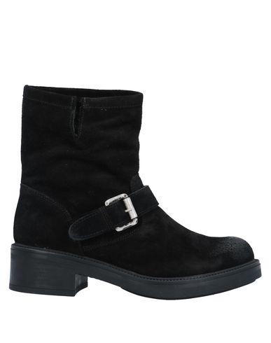 Фото - Полусапоги и высокие ботинки от J|D JULIE DEE черного цвета