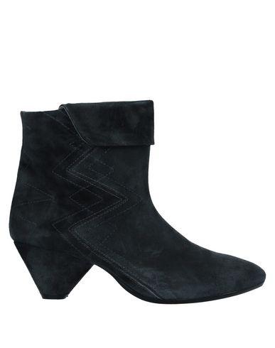 Фото - Полусапоги и высокие ботинки от FIORIFRANCESI свинцово-серого цвета