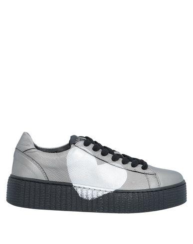 Купить Низкие кеды и кроссовки от NIRA RUBENS свинцово-серого цвета