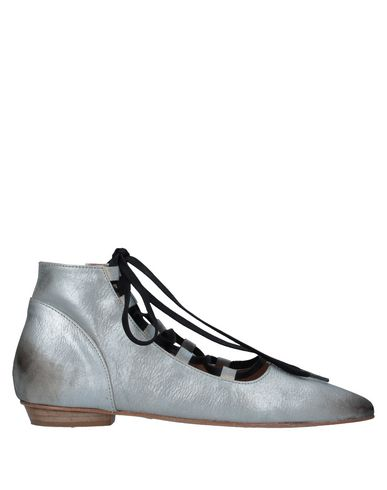 Купить Полусапоги и высокие ботинки от 1725.A серебристого цвета