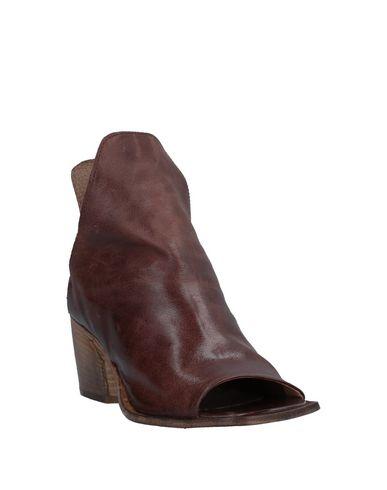 Фото 2 - Полусапоги и высокие ботинки от 1725.A коричневого цвета