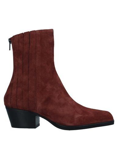 Фото - Полусапоги и высокие ботинки от FIORIFRANCESI коричневого цвета