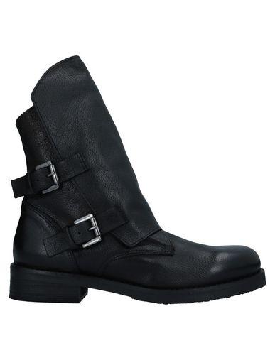 Фото - Полусапоги и высокие ботинки от 1725.A черного цвета