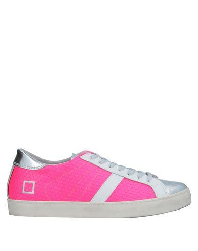 Купить Низкие кеды и кроссовки от D.A.T.E. цвета фуксия