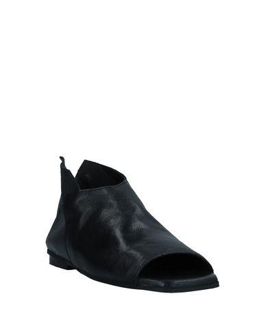 Фото 2 - Женские ботинки и полуботинки 1725.A черного цвета