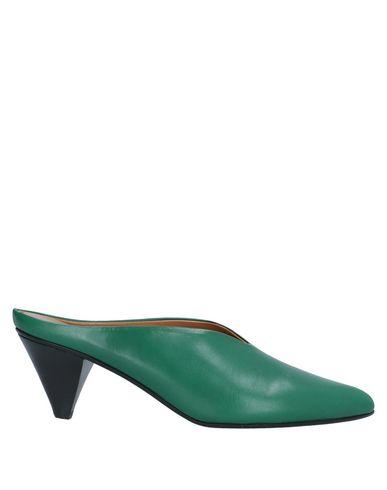 Купить Мюлес и сабо изумрудно-зеленого цвета