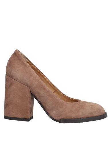 Купить Женские туфли  коричневого цвета