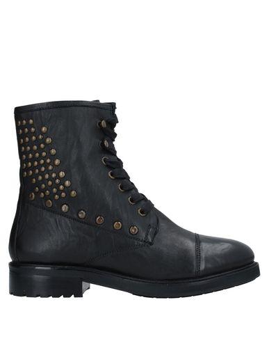 Купить Полусапоги и высокие ботинки от ELVIO ZANON черного цвета