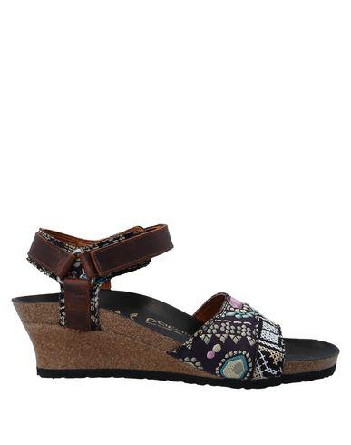 Купить Женские сандали  темно-фиолетового цвета