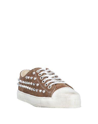 Фото 2 - Низкие кеды и кроссовки от METAL GIENCHI коричневого цвета