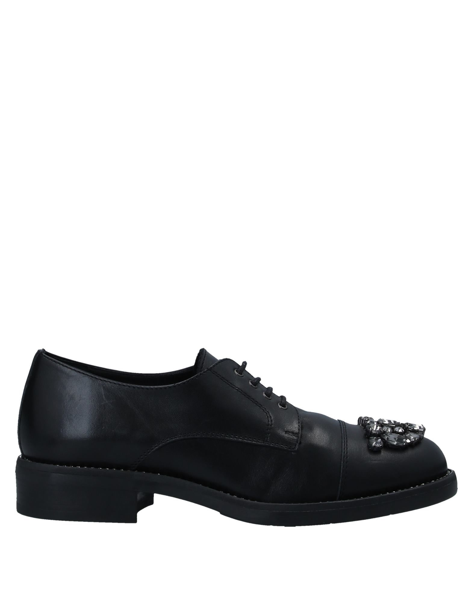 TIFFI Обувь на шнурках