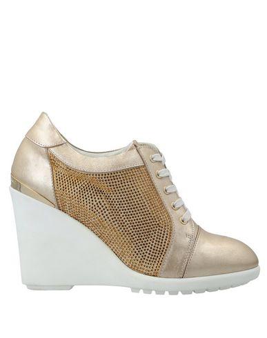 Купить Обувь на шнурках цвет платиновый