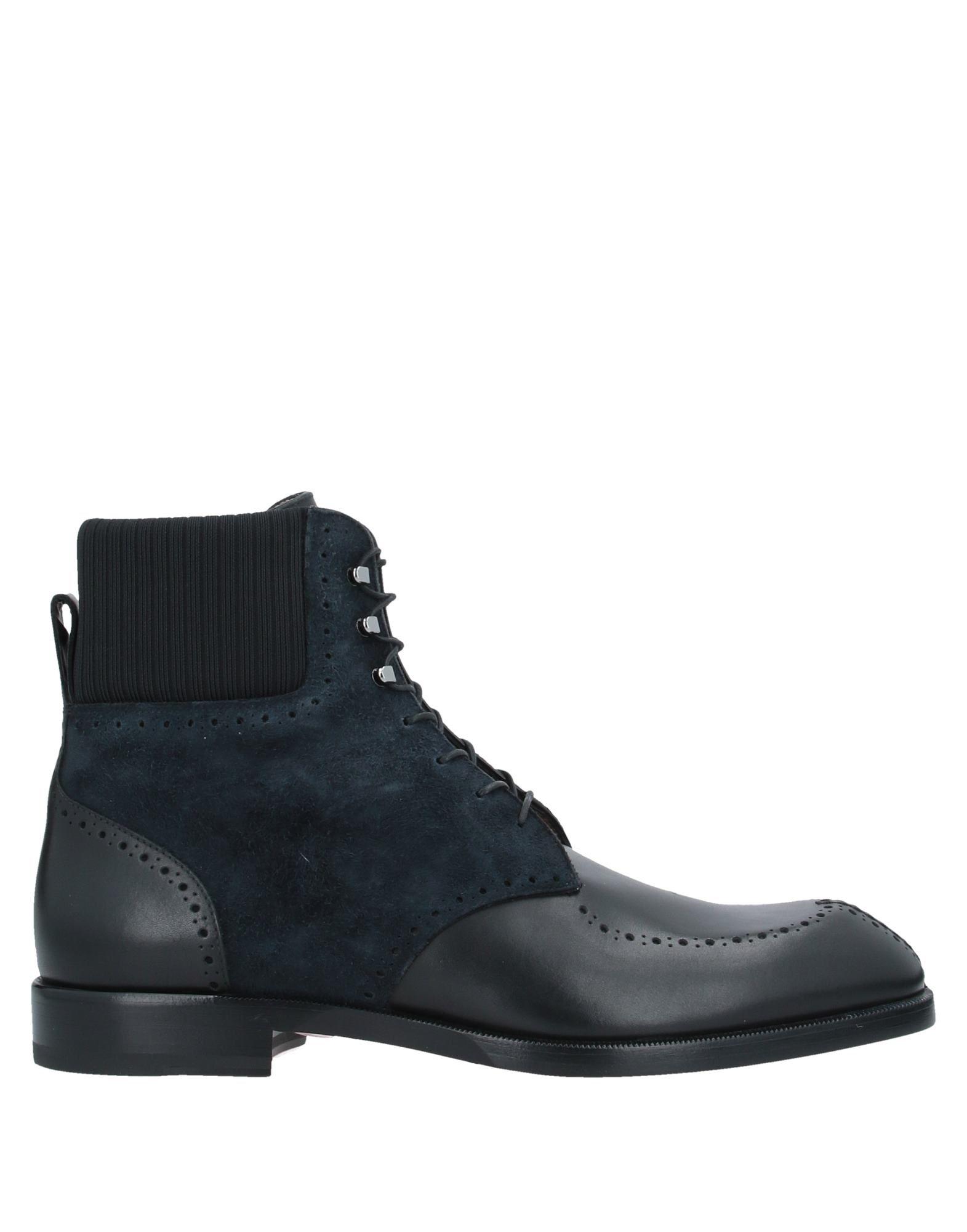 купить CHRISTIAN LOUBOUTIN Полусапоги и высокие ботинки по цене 43000 рублей