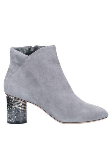 Купить Полусапоги и высокие ботинки серого цвета