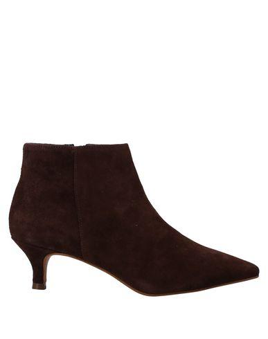 Фото - Полусапоги и высокие ботинки от FLAVIO CREATION коричневого цвета