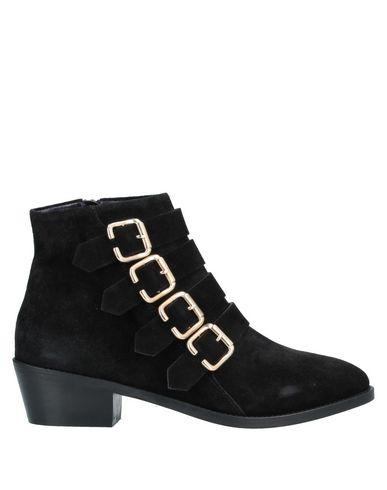 Фото - Полусапоги и высокие ботинки от ANAKI черного цвета